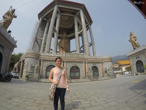 Kuan Yin Statue is so big!